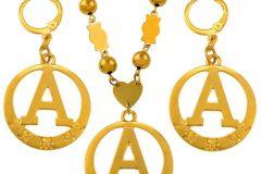 Где можно выбрать и заказать золотой кулон или браслет?
